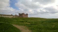 #castle #santasevera #bluesky #whiteclouds #greenweadow