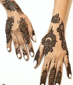 Best Floral Mehndi Designs with Step by Step Video Tutorial Diwali Party, Flower Henna, Henna Art, Floral Motif, Design Tutorials, Mehndi Designs, Things To Come, Wedding Photography, Bride
