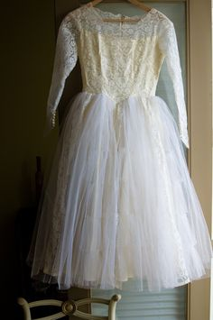 Love this 1950's wedding dress