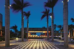 """Long Beach Golf & Spa Resort is rated """"Excellent"""" by our guests. Take a look through our photo library, read reviews from real guests and book now with our Best Price Guarantee. We'll even let you know about secret offers and sales when you sign up to our emails."""