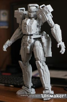 3D Printed Articulated Titan-rec Figurine Proves that Detailed 3D Printing is Very Possible on an Ultimaker http://3dprint.com/77552/3d-printed-articulated-figure/
