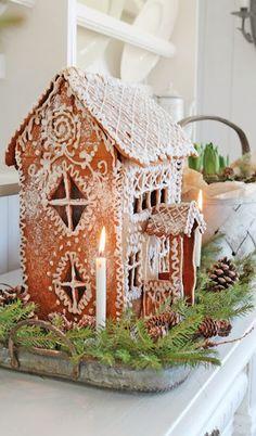 Gingerbread (by Vibeke Design) Noel Christmas, Christmas Baking, All Things Christmas, Winter Christmas, Christmas Cookies, Christmas Crafts, Christmas Decorations, Gingerbread Christmas Decor, Italian Christmas