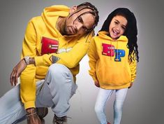 Pinterest:@Øvø.Lêê Chris Brown Kids, Chris Brown Daughter, Chris Brown Style, Breezy Chris Brown, Chris Brown Wallpaper, Chris Brown Pictures, Chris Brown And Royalty, Mrs Carter, Black Celebrities