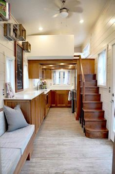 #tumbleweed #tinyhouses #tinyhome #tinyhouseplans Wow - this is a beautiful tiny house!!