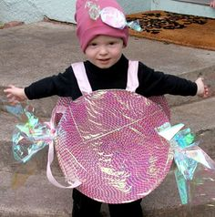 This Gumball Machine Costume is an adorable idea for your little one! Food Costumes, Candy Costumes, Homemade Costumes, Bubble Gum Machine Costume, Gumball Machine Costume, Christmas Costumes, Christmas Candy, Halloween Costumes, Cupcake Costume