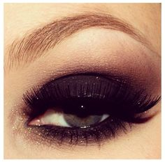 Smoky eye, love plum