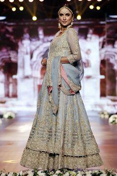 Photo 4: Designer Aisha Imran Dresses Bridal Couture Week 2016,