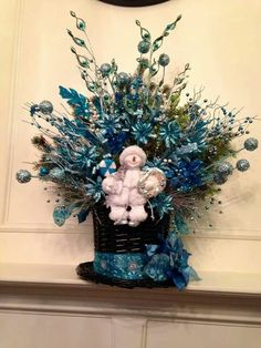 Blue snowman Christmas arrangement