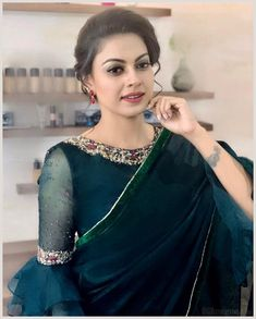 anusree hermosas fotos móvil fondos de pantalla hd android iphone p - ~ anusree schöne fotos mobile wallpapers hd android iphone p - Best Blouse Designs, Saree Blouse Neck Designs, Bridal Blouse Designs, Blouse Patterns, Fancy Sarees Party Wear, Sleeves Designs For Dresses, Stylish Blouse Design, Blouse Models, Android