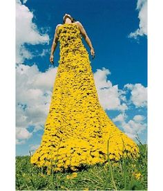 Dandelion head dress, not the one i was looking for but still tres beau!