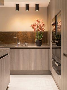 Деревянный кухонный гарнитур дома Eaton Mews North в Лондоне