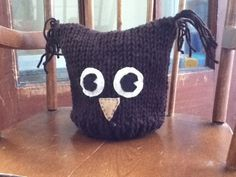 Ravelry: Infant Owl Hat pattern by Kelly Meneely