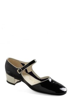 Vintage reserve stock mary-jane shoes by Joseph La Rose.  From the 1960s, but would work with a cute 1920s party dress.
