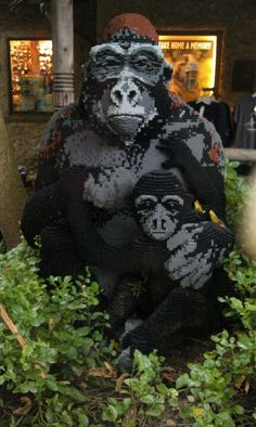bronx zoo made of legos Animal Pictures, Cool Pictures, Lego Sculptures, Lego Animals, Bronx Zoo, Lego Toys, Minecraft 1, Everything Is Awesome, Cool Lego