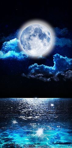Hugh Bright Full Moon Shinning on the Water Beautiful Nature Wallpaper, Beautiful Moon, Moon Pictures, Full Moon Photos, Shoot The Moon, Moon Photography, Moon Magic, Galaxy Art, Super Moon
