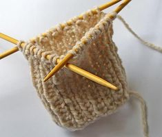 tutorial: getting started with dpn's {perfect how-to for all styles of fingerless mitts patterns}