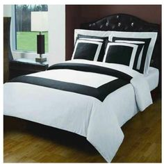 Modern Hotel Style Black and White 100 percent Egyptian Cotton Frame Duvet Comforter Cover and Shams Set. Bedding set includes duvet cover and 4 pillow shams. It features a large band accent for a chic 5 stars hotel look. Amazing decorating ideas for a M Comforter Cover, Comforter Sets, Duvet Cover Sets, Hotel Style Bedding, Luxury Bedding, Modern Bedding, Luxury Linens, Black Duvet Cover, White Duvet Covers