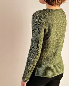 Ravelry: Curved Spacetime pattern by Valentina Bogdanova Bind Off, Sweater Knitting Patterns, Sweater Making, Lace Patterns, Stockinette, Crochet Hooks, To My Daughter, Men Sweater, Ravelry