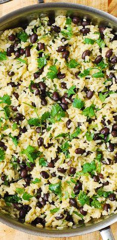 Cilantro-Lime Black Bean Rice - perfect side dish for grilled meats! Cilantro-Lime Black Bean Rice - perfect side dish for grilled meats! Gluten Free Sides Dishes, Healthy Side Dishes, Side Dish Recipes, Veggie Recipes, Mexican Food Recipes, Whole Food Recipes, Vegetarian Recipes, Dinner Recipes, Cooking Recipes