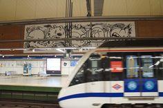 La intervención de La Banda del Rotu en la Estación de Metro de Moncloa. Proyecto Línea Zero. #Metro #Madrid #ArteUrbano #StreetArt #Arterecord 2015