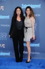 Linda Cardellini attends the 22nd Annual Critics' Choice Awards in Santa Monica http://celebs-life.com/linda-cardellini-attends-22nd-annual-critics-choice-awards-santa-monica/  #lindacardellini