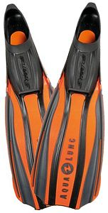An amazing list of the best scuba fins available in 2015, for scuba divers, snorkeling and free diving. Voted on by over 2500 divers to create the ultimate dive fin buyers guide! High quality scuba and snorkel fins that won't break the bank :)