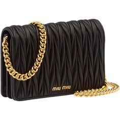 Miu Miu Clutch ($1,130) ❤ liked on Polyvore featuring bags, handbags, clutches… Dieses Produkt und weitere MIU MIU Taschen jetzt auf www.designertaschen-shops.de/brands/miu-miu entdecken
