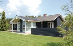 Holiday home Pramvej Hj�rring Hj�rring Holiday home Pramvej Hj?rring is located in L?nstrup.  The accommodation is provided with a TV and air conditioning. There is a fully equipped kitchen with a dishwasher and a microwave. Featuring a spa bath, the bathroom also comes with a shower.