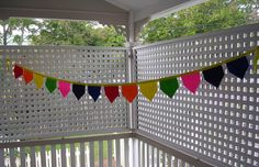 PARTY BUNTING - Bunting By Name