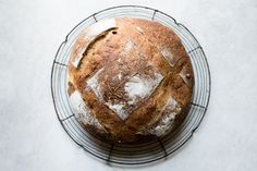 Bake fresh and delicious sourdough with roasted potato and rosemary (potato bread) right from home using a natural sourdough starter. Rosemary Potatoes, Roasted Potatoes, Sourdough Recipes, Sourdough Bread, Bread Machine Recipes, Bread Recipes, Potato Bread, Bread And Pastries, Fermented Foods