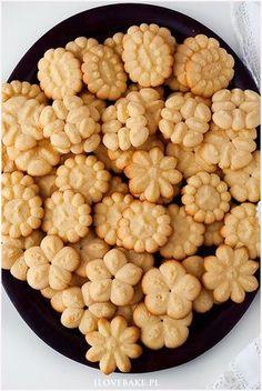ciastka z maszynki Spritz Cookies, Cake Cookies, Polish Recipes, Polish Food, Cannoli, Food Cakes, Food Art, Cookie Recipes, Food To Make