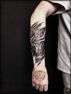 - My list of best tattoo models Wolf Tattoo Forearm, Wolf Tattoo Sleeve, Cool Forearm Tattoos, Arm Band Tattoo, Body Art Tattoos, Tribal Tattoos, Sleeve Tattoos, Tattoo Wolf, Norse Tattoo