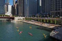 Gallery of Chicago Riverwalk Opens to the Public, Returning the City to the River - 31