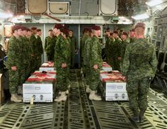 Last Respects – Members of the Battalion Princess Patricia's Canadian Light… Royal Canadian Navy, Canadian Army, 3 Branches, Afghanistan War, Falling From The Sky, Support Our Troops, Book Projects, Armed Forces, Air Force