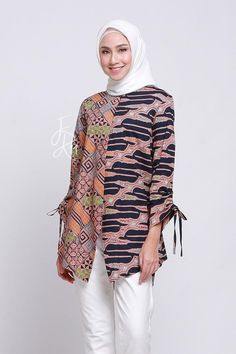 Niqab Fashion, Batik Fashion, Blouse Batik Modern, Outer Batik, Big Size Fashion, Kebaya Dress, Pakistani Fashion Casual, Indian Designer Suits, Casual Hijab Outfit