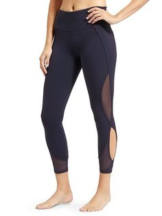 Athleta Mesh Salutation 7/8 Ankle Tight