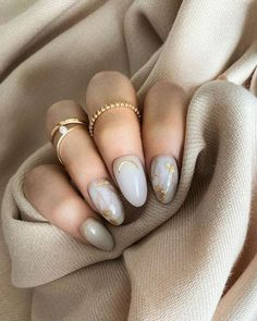 Image about cute in Nails by Dzenana Fehratovic Classy Nails, Stylish Nails, Simple Nails, Trendy Nails, Nagellack Design, Grunge Nails, Minimalist Nails, Best Acrylic Nails, Dream Nails