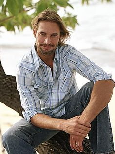 JOSH HOLLOWAY.....I would so get LOST with him!!!!