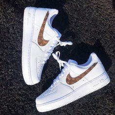 Source by elkebuljevic force 1 louis vuitton Dr Shoes, Cute Nike Shoes, Hype Shoes, Sock Shoes, Me Too Shoes, Shoe Boots, Sneakers Fashion, Sneakers Nike, Fashion Outfits