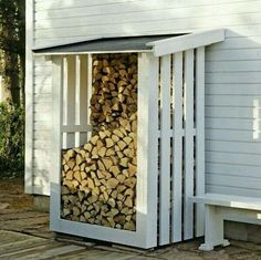 outdoor firewood rack - Check out these super easy DIY outdoor firewood racks. You can store your wood clean and dry and it allows you to buy wood in bulk, saving you money. Outdoor Firewood Rack, Firewood Shed, Firewood Storage, Shed Storage, Outdoor Storage, Storage Ideas, Storage Rack, Cheap Firewood, Patio Storage