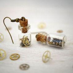 Boucles d'oreilles steampunk, mini fiole 2,3cm.