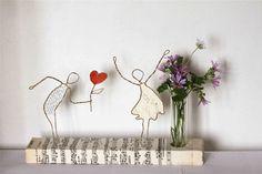 Sculptures, L'amour se dit avec des fleurs est une création orginale de Epistyle sur DaWanda