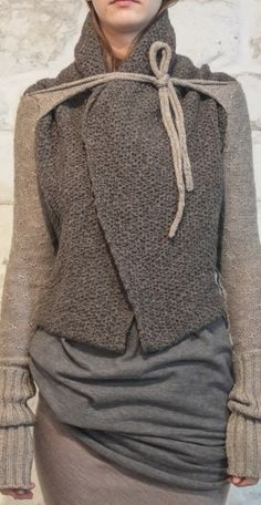 purlonpearl: daniel andresen Love the layering, different textures and subtle color shifts in this all knitwear ensemble. Knit Fashion, Look Fashion, Womens Fashion, Fashion Design, Mode Style, Style Me, Mode Hippie, Moda Chic, Looks Street Style