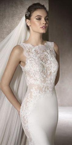 Csipkés Montse esküvői ruha