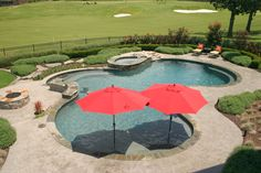 600 sq ft pool spa combo with custom stepping stone for Acapulco golden tans salon