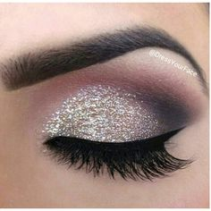 Silver glitter smokey eyeshadow Make-up and stuff ❤ liked on Polyvore featuring beauty products, makeup, eye makeup, eyeshadow, eyes and beauty