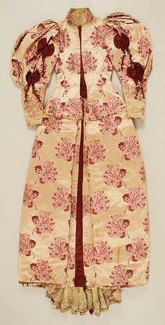 Dress.  House of Worth(French, 1858–1956).  Date: ca. 1895. Culture: French. Medium: a,b) silk, linen. Dimensions: Length at CB (a): 24 1/4 in. (61.6 cm). Length at CB (b): 51 in. (129.5 cm).