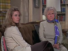 Bewitched: Season 7, Episode 28 Samantha and the Antique Doll., Mabel Albertson, Elizabeth Montgomery