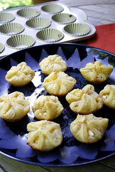 Caramelized Onion and Feta Puffs @Delishhh