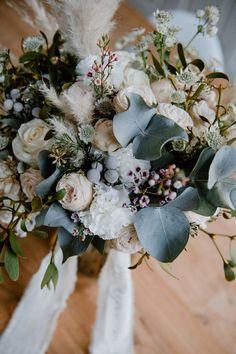 Gallery with wedding ideas, ideas - Hochzeit Floral Wreath, Wreaths, Inspiration, Gallery, Wedding Dresses, Bridal Bouquets, Dress Ideas, Decor, Wedding Ideas